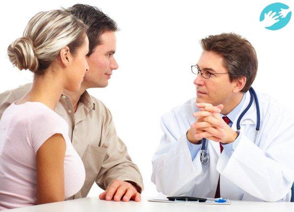 Перед зачатием ребенка паре стоит провести обследование у врача